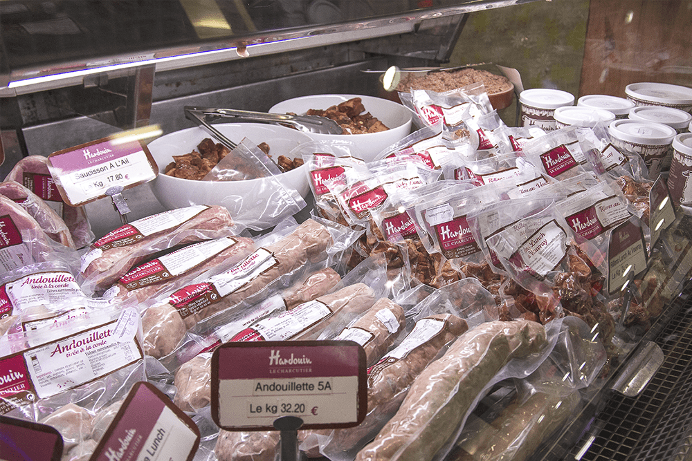 les-halles-de-tours_commercants-charcuterie-hardouin-background-viande-3