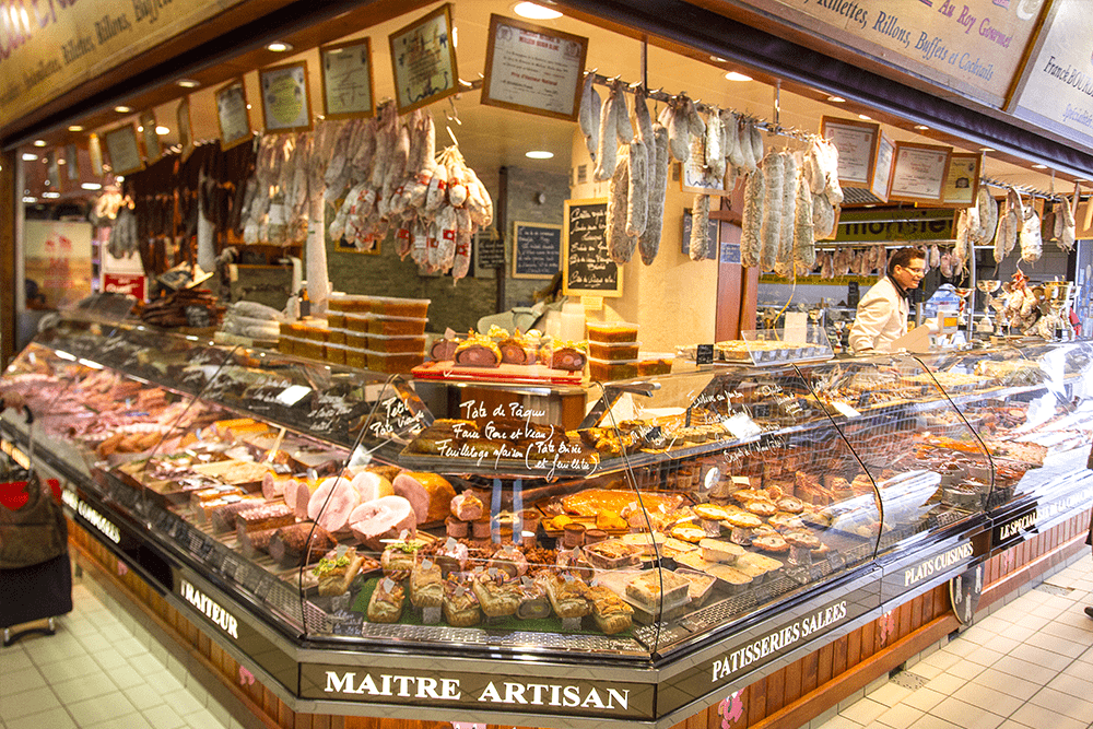 les-halles-de-tours_commercants-charcuterie-roy-gourmet-background-cochonaille-2
