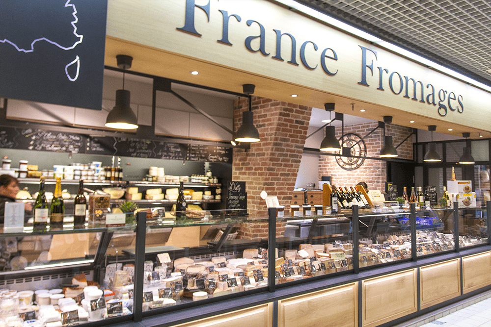 les-halles-de-tours_commercants-fromagerie-france-fromages-background-fromage-1