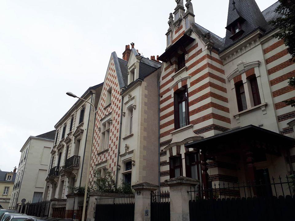 Les belles bâtisses de la rue Léonard de Vinci